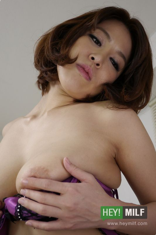 Busty erika nishino fantastic pov play with a young cock